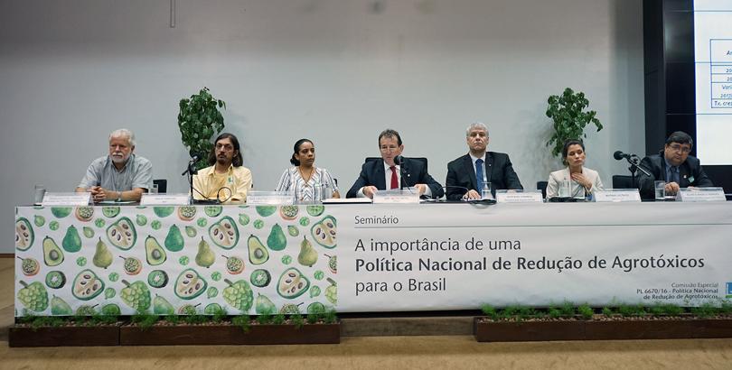 Política de Redução de Agrotóxicos caminha na Câmara dos Deputados