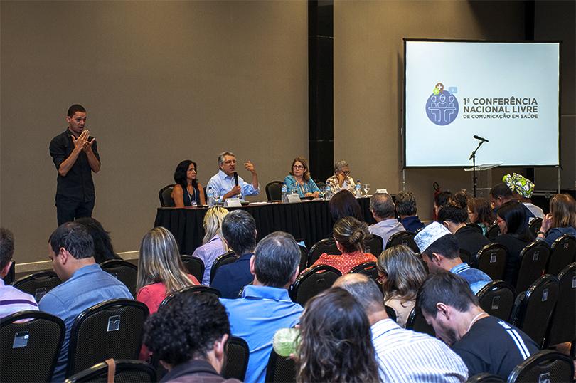 Seis mesas tentaram formar um mosaico dos debates sobre democratização dos meios e da vinculação do direito à saúde e à comunicação - Foto Sergio Eduardo Oliveira/Radis.