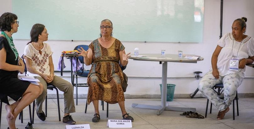 Invisíveis? mulheres discutem resistência e cuidado como potência