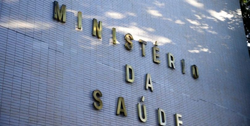 "Presidente da Abrasco comenta na imprensa o ""Dia D"" contra Covid-19 do Ministério da Saúde"