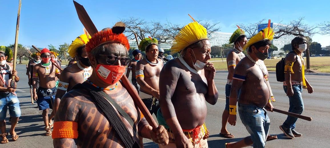 O levante Indígena pela vida da mãe terra - Artigo de Roberto Antonio Liebgott