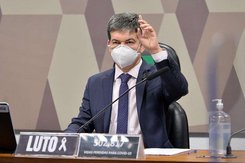 CPI da Pandemia recebe documento sobre agrotóxicos e Covid-19 : petição solicita extrafiscalidade para agronegócio